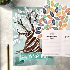 Lent Prayer Tree by Hope and Ginger - 10 best family devotion resources suitable for all ages, interests and family set-ups.