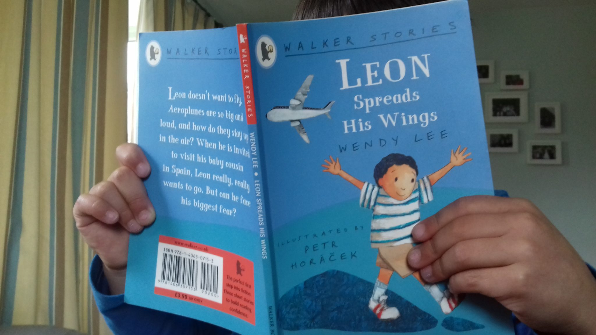 Leon spreads his wings - Wendy Lee. The best books for kids about race that they need on their bookshelves. in classrooms and in libraries. These 25+ suggestions have all been enjoyed by our family, and are guaranteed to raise healthy discussions about cultural diversity.